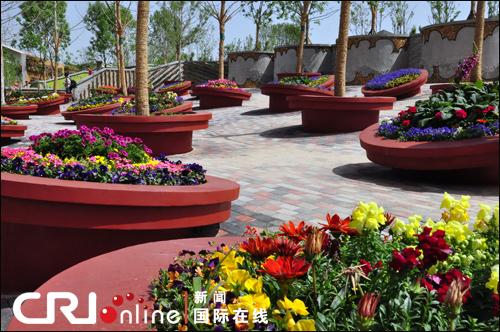 """发呆亭""""的风景  5月13日消息:作为本次园博会重头戏,家庭花园"""