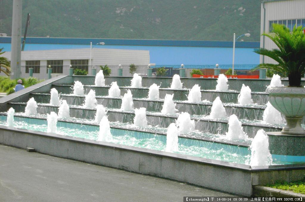 喷泉喷头园林景观实景图片